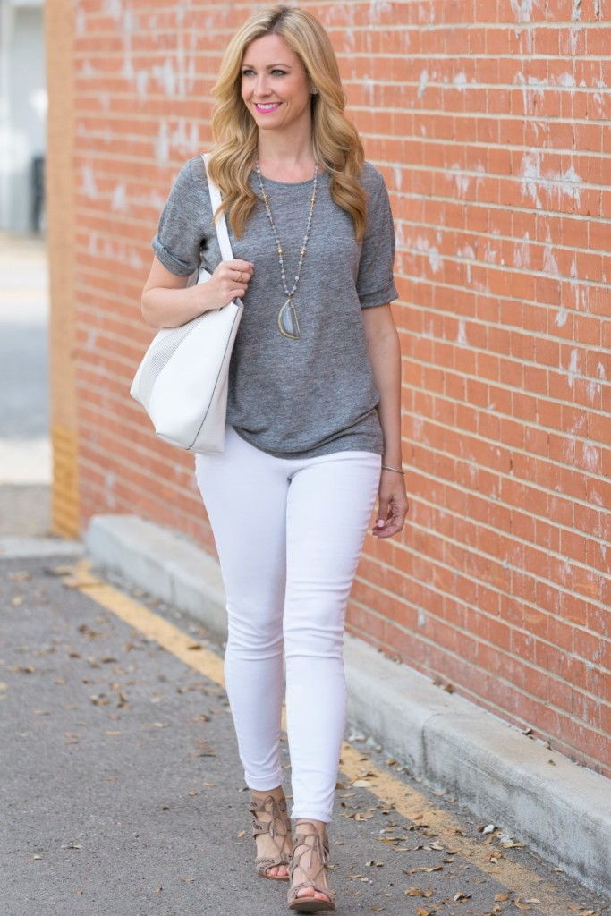 Gray t shirt and white jeans haute humid for White pants denim shirt