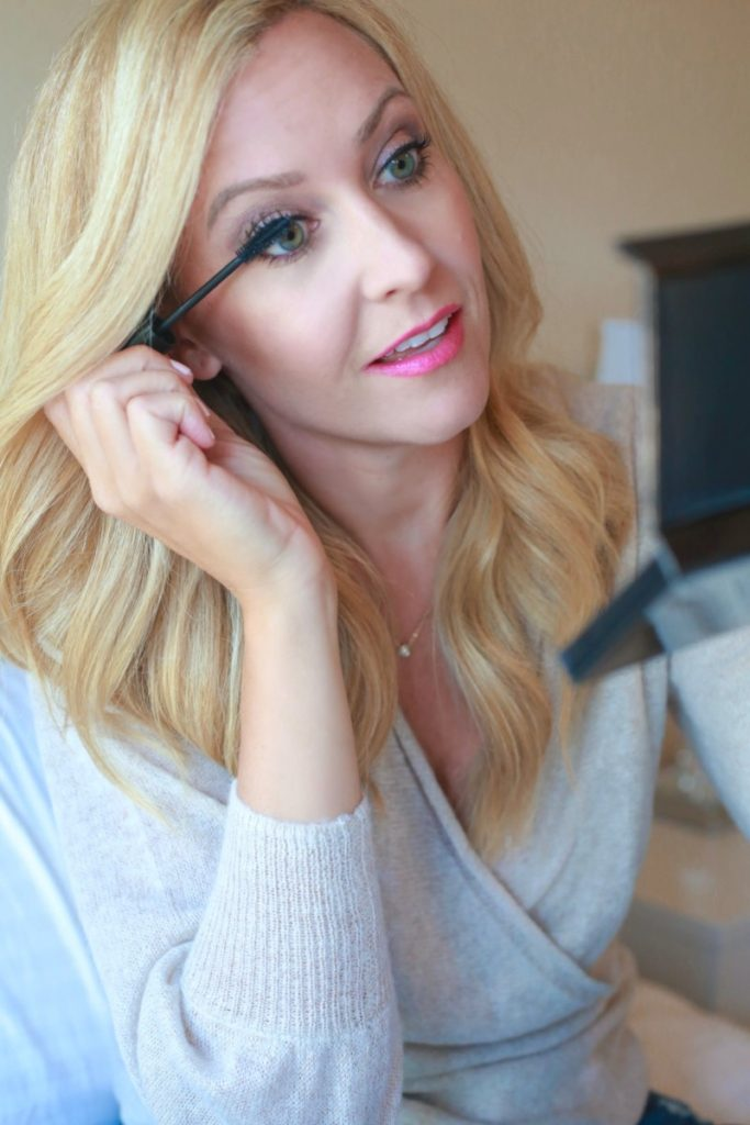 Smokey Eye Tutorial: Luxury Skincare And Makeup With Cos Bar by Houston blogger Sara of Haute & Humid