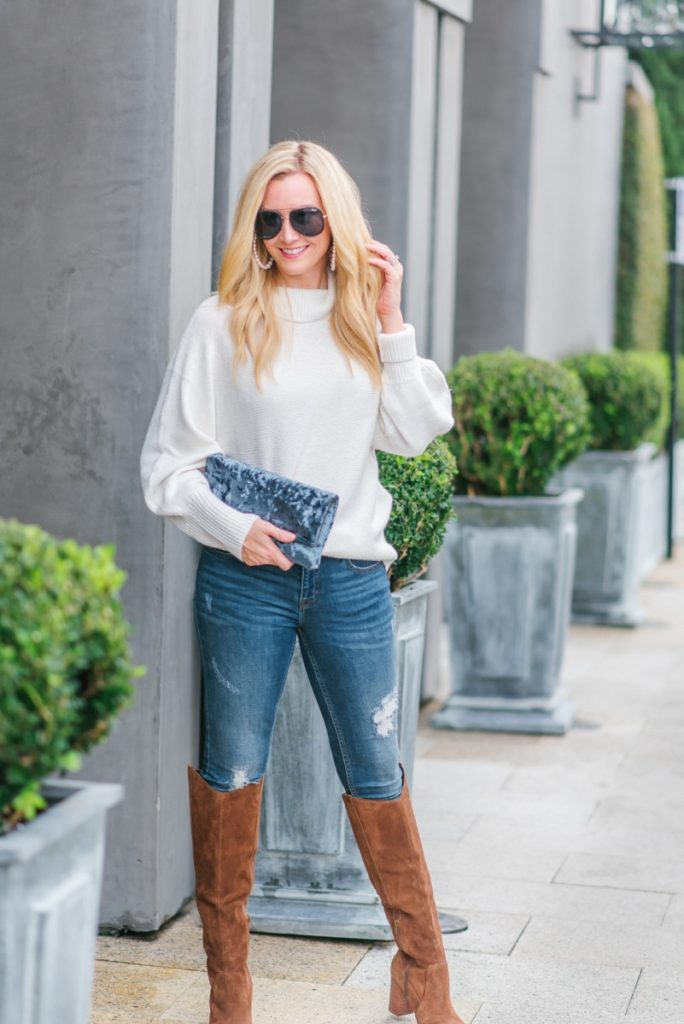 Velvet Clutch And 3 Ways To Incorporate Velvet To Your Wardrobe This Winter by Houston fashion blogger Haute & Humid