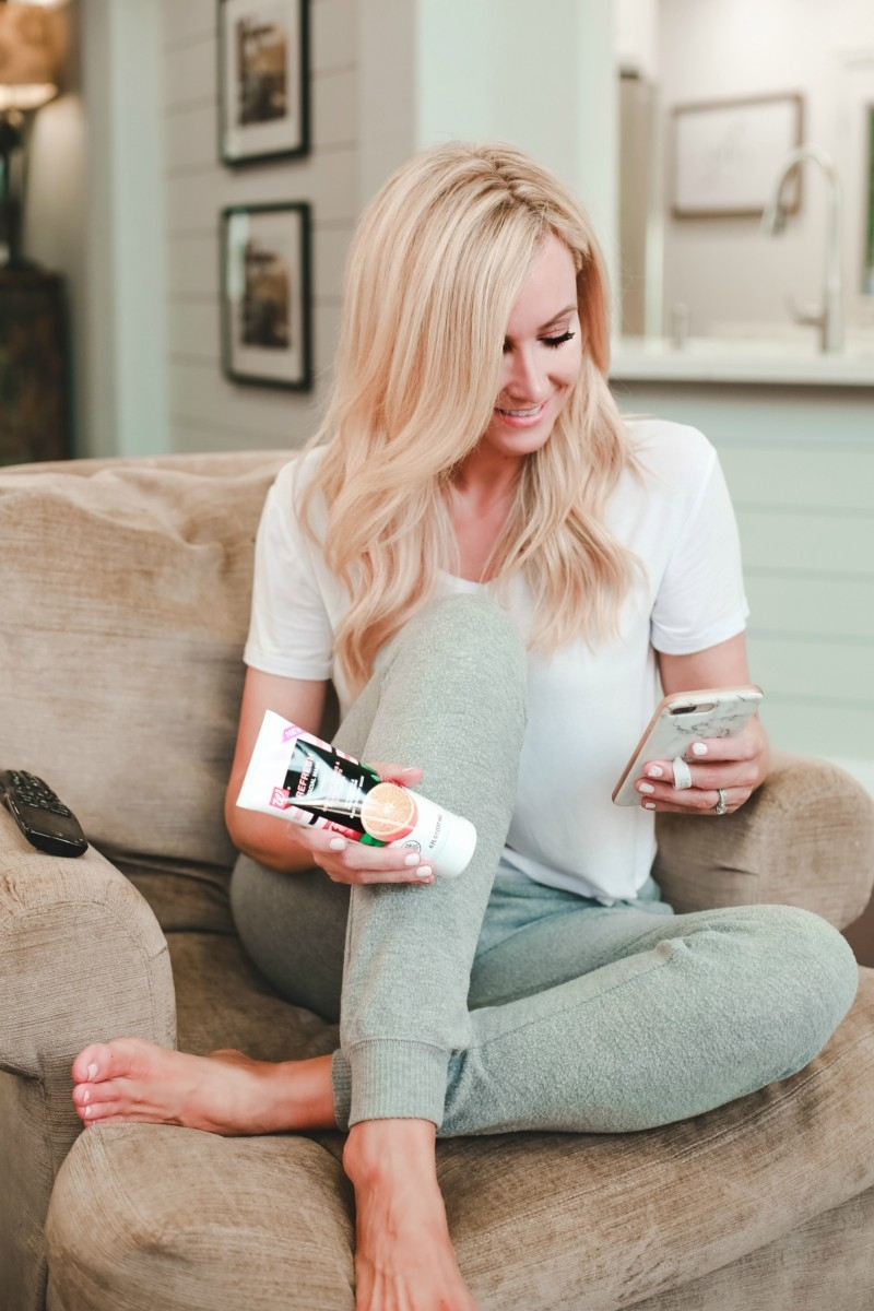4 Ways To Pamper Yourself At Home On Mother's Day by popular Houston style blogger, Haute & Humid